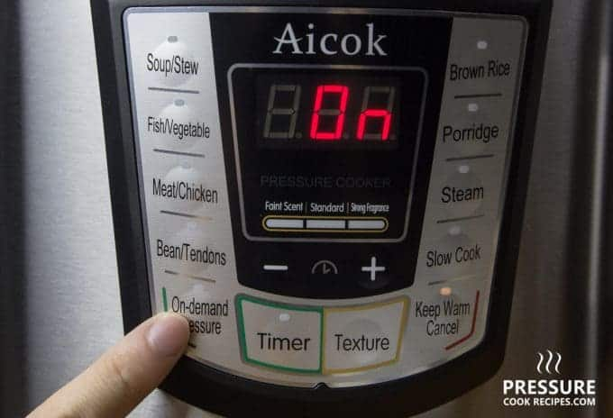 Aicok 7-in-1 Multi-Functional Programmable Electric Pressure Cooker Control Panel Buttons