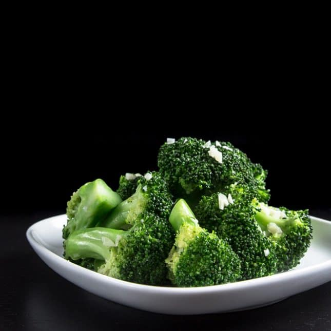 Easy Instant Pot Recipes: Instant Pot Broccoli