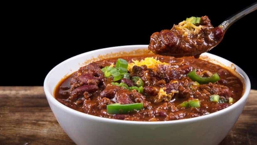 Make this Easy Instant Pot Chili Recipe (Pressure Cooker Chili) under an hour! Simple umami & spicy Pressure Cooker Beef & Beans Chili to satisfy your hearty comfort food cravings.