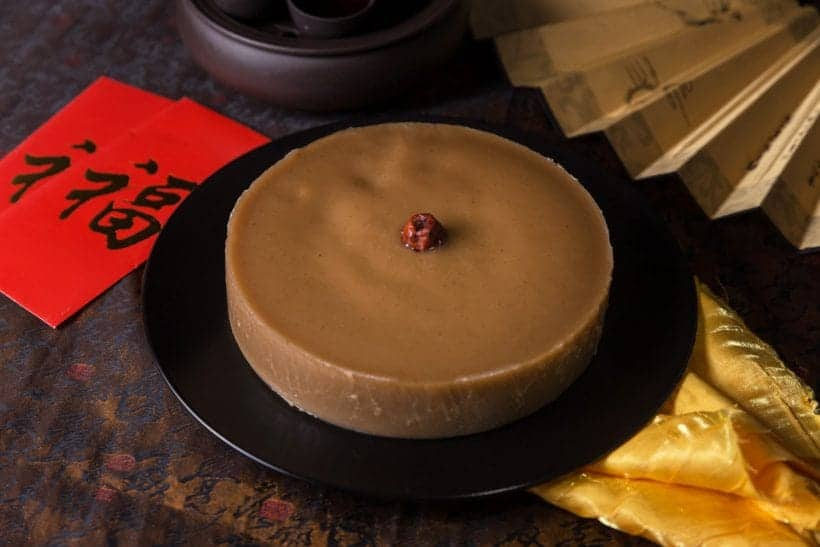 Nian Gao Recipe (Chinese New Year Cake): Make this traditional Chinese New Year Food! Bless your loved ones with this Sticky Sweet Chinese Rice Cake gift.