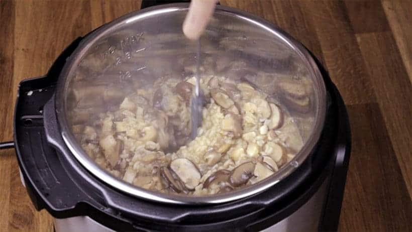 Instant Pot Mushroom Risotto Recipe (Pressure Cooker Mushroom Risotto): stir to reduce risotto