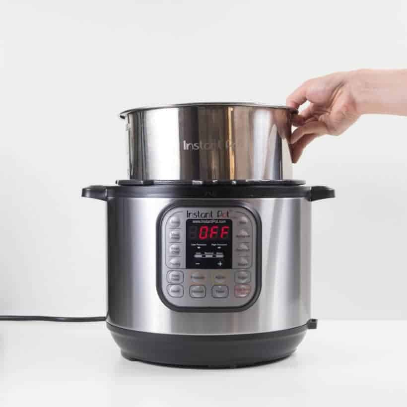 Instant Pot Setup: Unboxing Instant Pot before first use - setting up inner pot insert