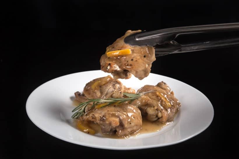 Super easy to make Instant Pot Lemon Chicken Recipe (Pressure Cooker Lemon Chicken): tender moist chicken in refreshing honey lemon garlic sauce.