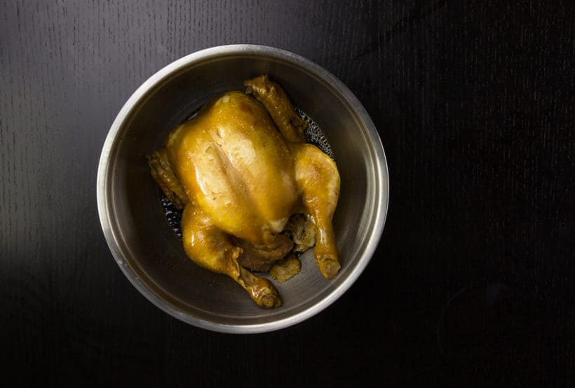 Instant Pot Soy Sauce Chicken Recipe (Pressure Cooker Soy Sauce Chicken 豉油雞, 醬油雞): measure temperature, rest, cool whole soy sauce chicken in mixing bowl