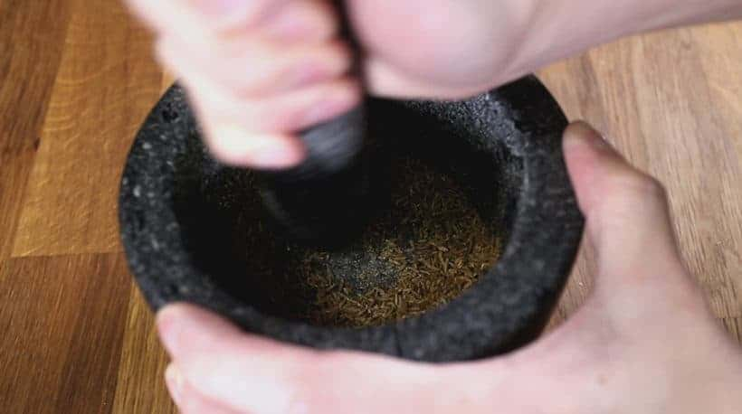 how to ground cumin seeds with mortar and pestle #recipe #easy
