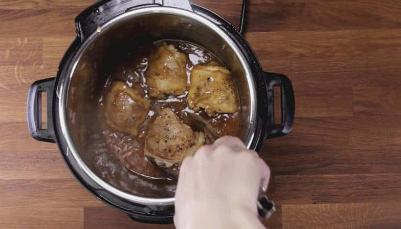 Instant Pot HK Onion Chicken: add browned chicken in Instant Pot Pressure Cooker