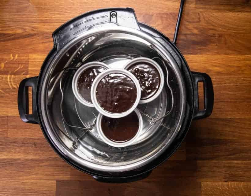 Instant Pot Lava Cake | Instant Pot Chocolate Fondant | Instant Pot Molten Chocolate Cake: put chocolate lava cake in Instant Pot Pressure Cooker