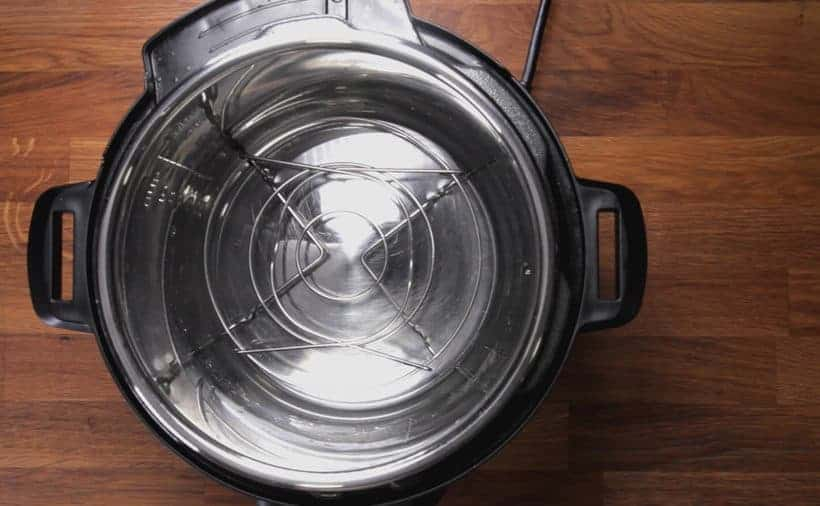 Instant Pot Lasagna: add cold water and trivet in Instant Pot Pressure Cooker
