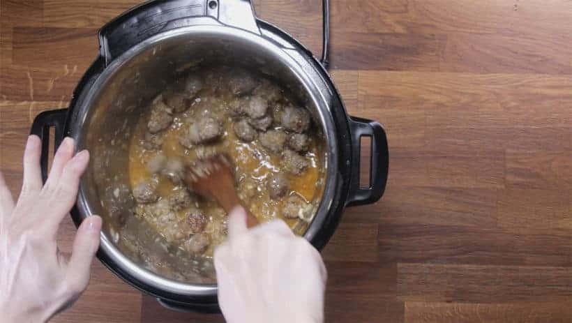 Instant Pot Zuppa Toscana Recipe | Pressure Cooker Zuppa Toscana Soup | Instant Pot Sausage Kale Potato Soup: deglaze Instant Pot Pressure Cooker
