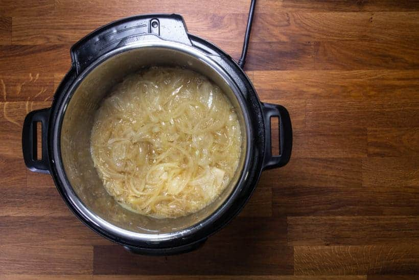Instant Pot French Onion Soup | Pressure Cooker French Onion Soup: pressure cooked onions in Instant Pot Pressure Cooker