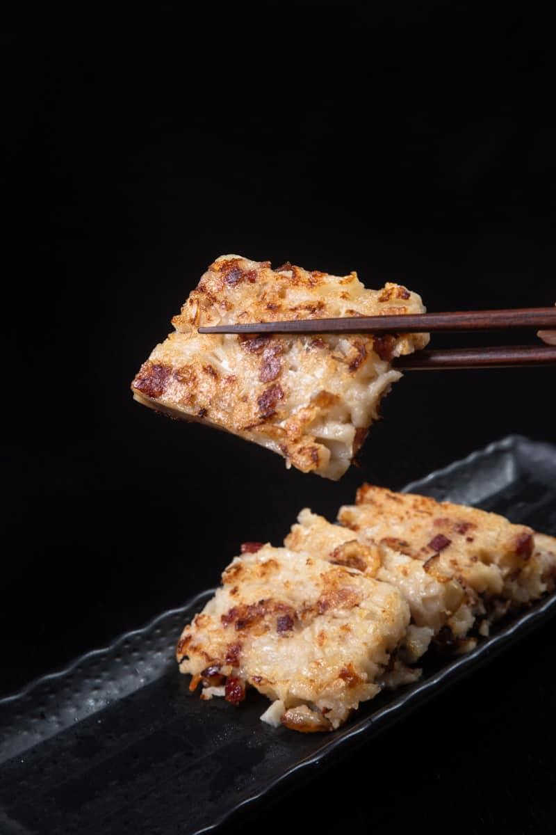 Instant Pot Turnip Cake | 蘿蔔糕 | Pressure Cooker Turnip Cake | Lo Bak Go | Luo Buo Gao | Chinese Radish Cake | 菜頭粿 | Chinese Recipes | Chinese New Year | Dim Sum