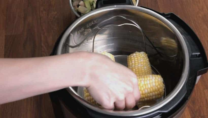 Instant Pot Elote Recipe: pressure cook corn on the cob in Instant Pot Pressure Cooker