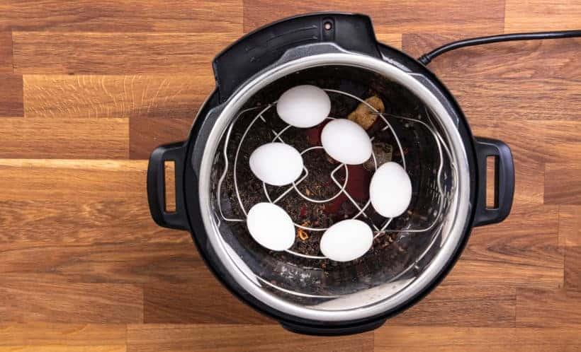 Pressure Cooker Tea Eggs: pressure cook eggs in Instant Pot Pressure Cooker #instantpot #recipe